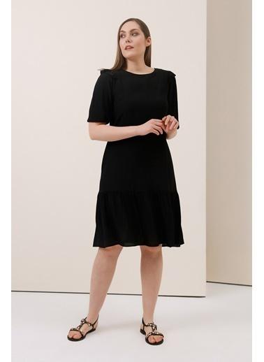 Gusto Volanlı Yarım Kollu Elbise - Siyah Volanlı Yarım Kollu Elbise - Siyah Siyah